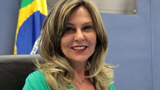 Vice-presidente da CPI denuncia Lindôra Araújo no CNMP