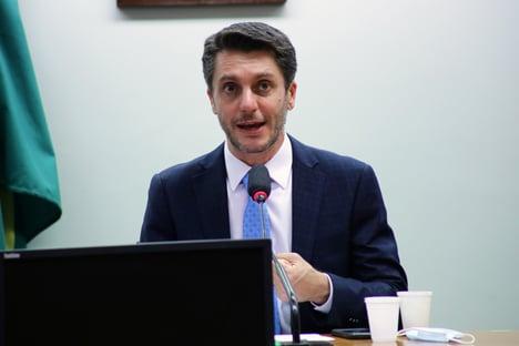 Coloque-se no seu lugar ministro, diz líder do Cidadania a Braga Netto