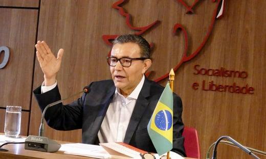 """""""Não fomos chamados porque não somos centro"""", diz presidente do PSB"""
