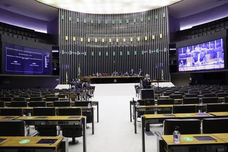 Câmara aprova urgência para projeto que altera regras do Imposto de Renda