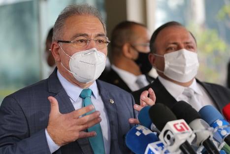 """""""Queiroga reza a mesma cartilha"""", diz Pazuello sobre condução do Ministério da Saúde"""