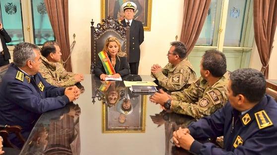 Itamaraty: posse de Jeanine na Bolívia foi constitucional