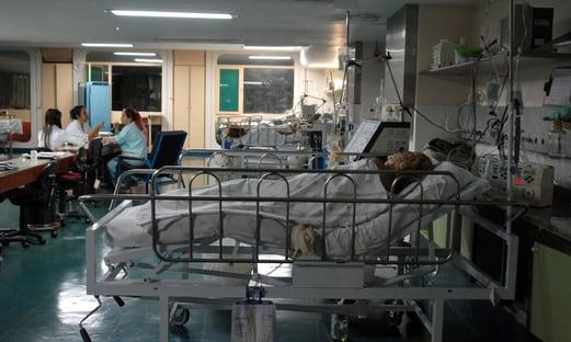 Brasil tem 6,3 mil pacientes com Covid na fila por leitos de UTI, diz Conass