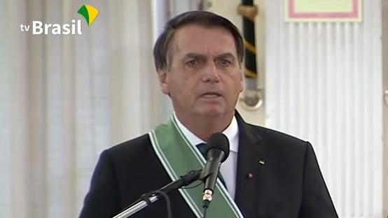 Bolsonaro almoça com pelo menos 48 empresárias