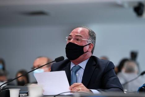 Líder do governo Bolsonaro pede que Queiroga deixe de ser investigado; Aziz nega