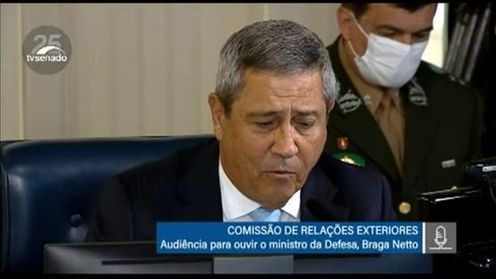 Braga Netto diz que não há leitos de UTI vagos em hospitais militares