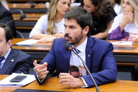 Fusão do DEM com PSL nasce rachado em São Paulo