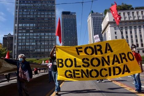 Lula e Bolsonaro nas ruas (e a terceira via em casa)