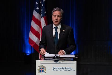 Em encontro de chefes da diplomacia, EUA e Rússia falam em cooperação