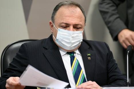 Pazuello desmente CEO da Pfizer e Wajngarten e diz que deu respostas à empresa; Aziz propõe acareação
