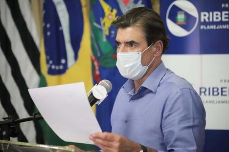 Covid: prefeito de Ribeirão Preto é flagrado em resort após fechar cidade