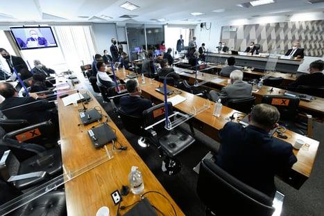 Maioria no STF mantém suspensa convocação de governadores pela CPI