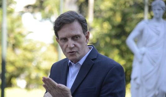 Gilmar libera saída de Marcelo Crivella do país