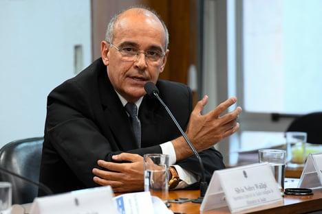 MPF abre inquérito sobre omissão do Conselho Federal de Medicina na pandemia
