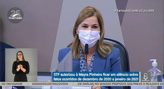 Mayra Pinheiro lava as mãos sobre falta de oxigênio em Manaus