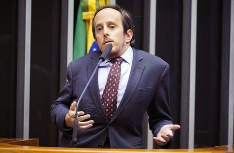 Crusoé: bolsonaristas votaram a favor do fundão e entraram em desespero, diz Ganime