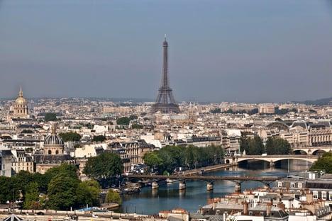 Turistas brasileiros completamente imunizados já podem entrar na França