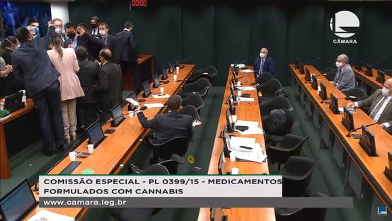 Bate-boca na comissão da Câmara que discute cultivo de maconha