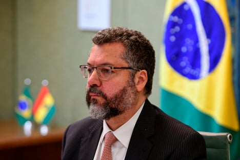 Itamaraty oculta datas e horários de e-mails sobre cloroquina