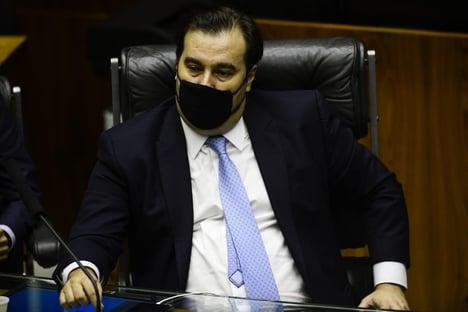 DEM expulsa Rodrigo Maia, que chama ACM Neto de Torquemada