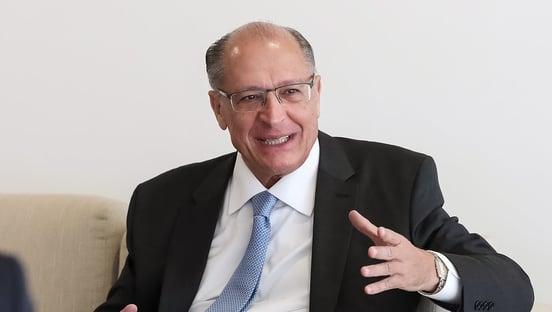 Datafolha: Alckmin sai na frente em SP