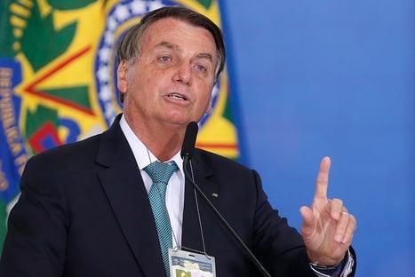 """Flávio Bolsonaro diz que o pai quer """"autonomia"""" no Patriota para montar palanques em 2022"""