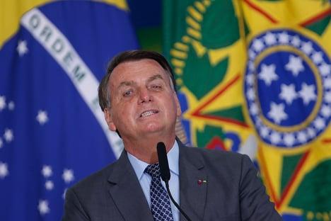 Bolsonaro precisa escolher entre reajuste de servidores e Bolsa Família