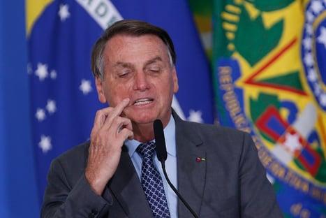 Sem provas, Bolsonaro diz que eleições de 2014 foram fraudadas