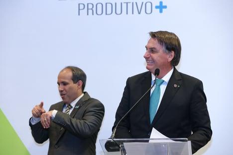 """""""Tentar calar e agredir a imprensa é típico de fascistas"""", diz CPI da Covid, sobre Bolsonaro"""