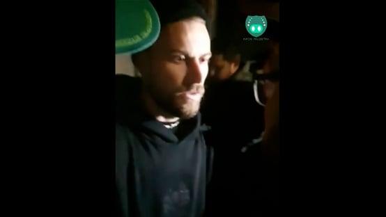 Jogador do Palmeiras é afastado após ser flagrado em festa clandestina