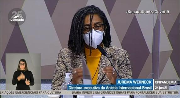 Diretora da Anistia Internacional diz que governo federal poderia ter evitado 120 mil mortes