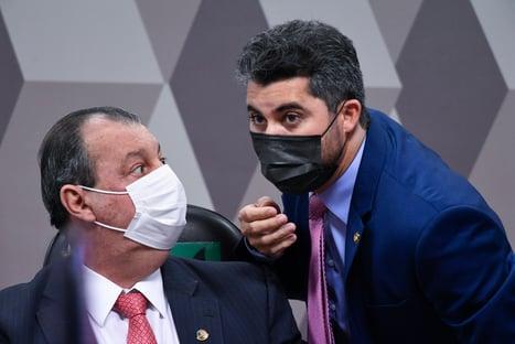 """""""Não tem moleque aqui"""", diz Omar Aziz para Marcos Rogério; assista"""