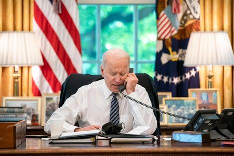 Biden e Xi Jinping conversam pela primeira vez em 7 meses