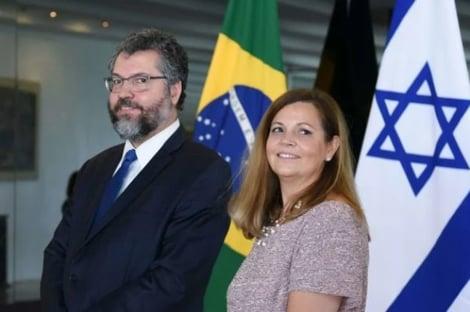 Ernesto Araújo deve acompanhar esposa em consulado em Connecticut
