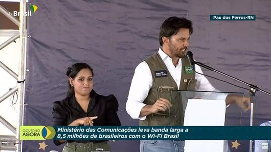 Em comício com dinheiro público, Faria chama governadora do RN de mentirosa e cara-de-pau