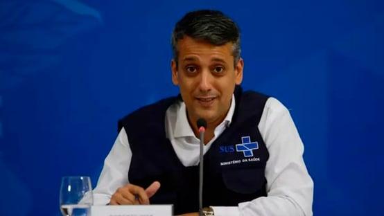 Cristiano Carvalho afirma que Elcio Franco não sabia de tratativas com Roberto Dias