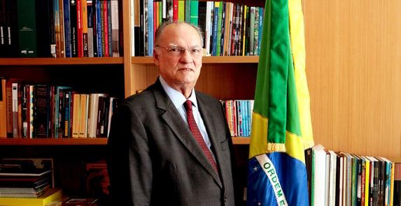 """""""Cresce a cada dia a possibilidade de impeachment de Bolsonaro"""""""