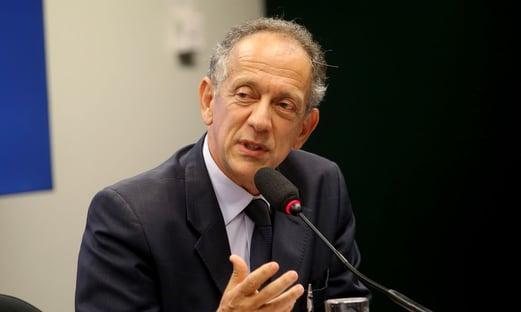 Coronel Nunes demite secretário-geral da CBF, Walter Feldman