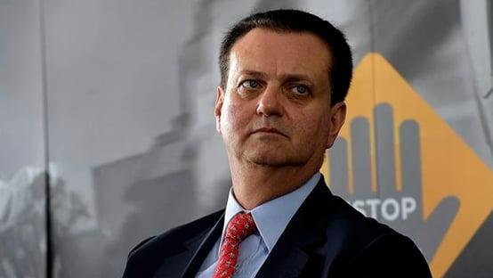 Beira o ridículo, diz Kassab sobre ameaças de Bolsonaro