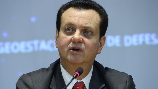 Se não for bravata, coitado do Brasil, diz Kassab, sobre ameaça a eleições
