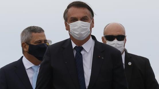 "Bolsonaro ameaça dar ""último recado"" a Barroso"