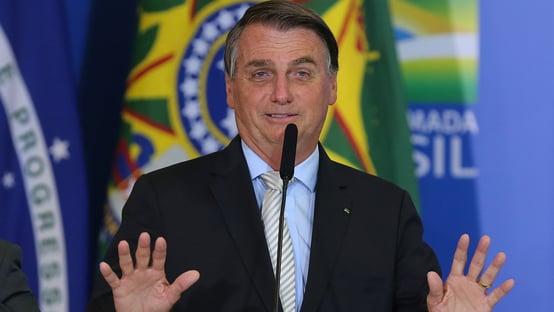 Urgente: em mensagens, Dominguetti cita participação de Bolsonaro na compra das vacinas da Davati