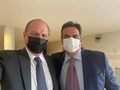 Ricardo Barros visita Ciro Nogueira no Planalto