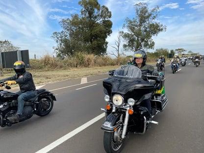 Ricardo Barros na motociata de Bolsonaro