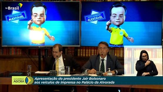 "Bolsonaro volta a mentir sobre STF e chama vídeo de ""lamentável"""