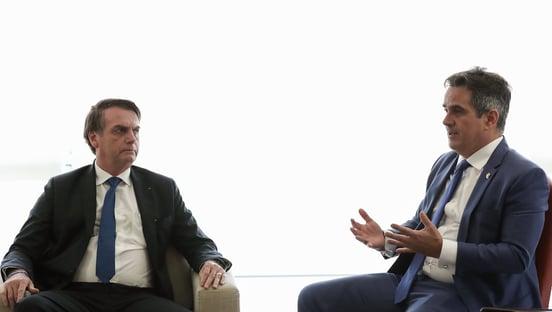 "Ciro Nogueira na Casa Civil é a ""pá de cal"" no governo Bolsonaro, diz Vinicius Poit"