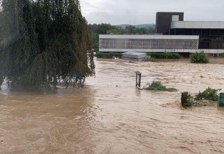 Sobe para 196 o número de mortos após chuvas na Europa