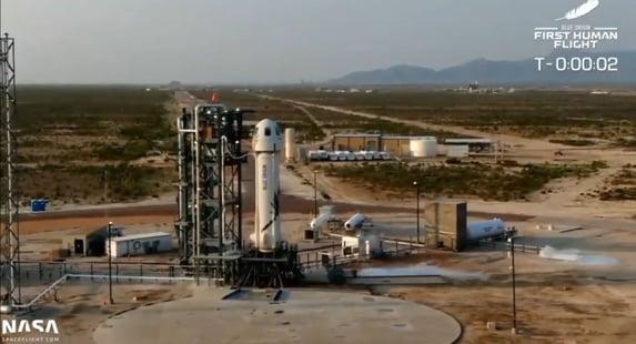 Assista ao momento em que Jeff Bezos decola para o espaço