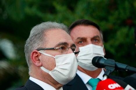 """Queiroga diz que Bolsonaro """"passa bem"""""""