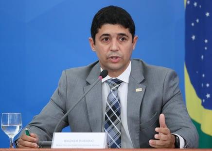 Calúnia é crime, diz ministro da CGU, acusado de prevaricação